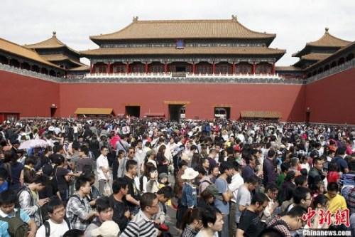 去年外省游客在京消费近4千亿 河北人最爱游北京